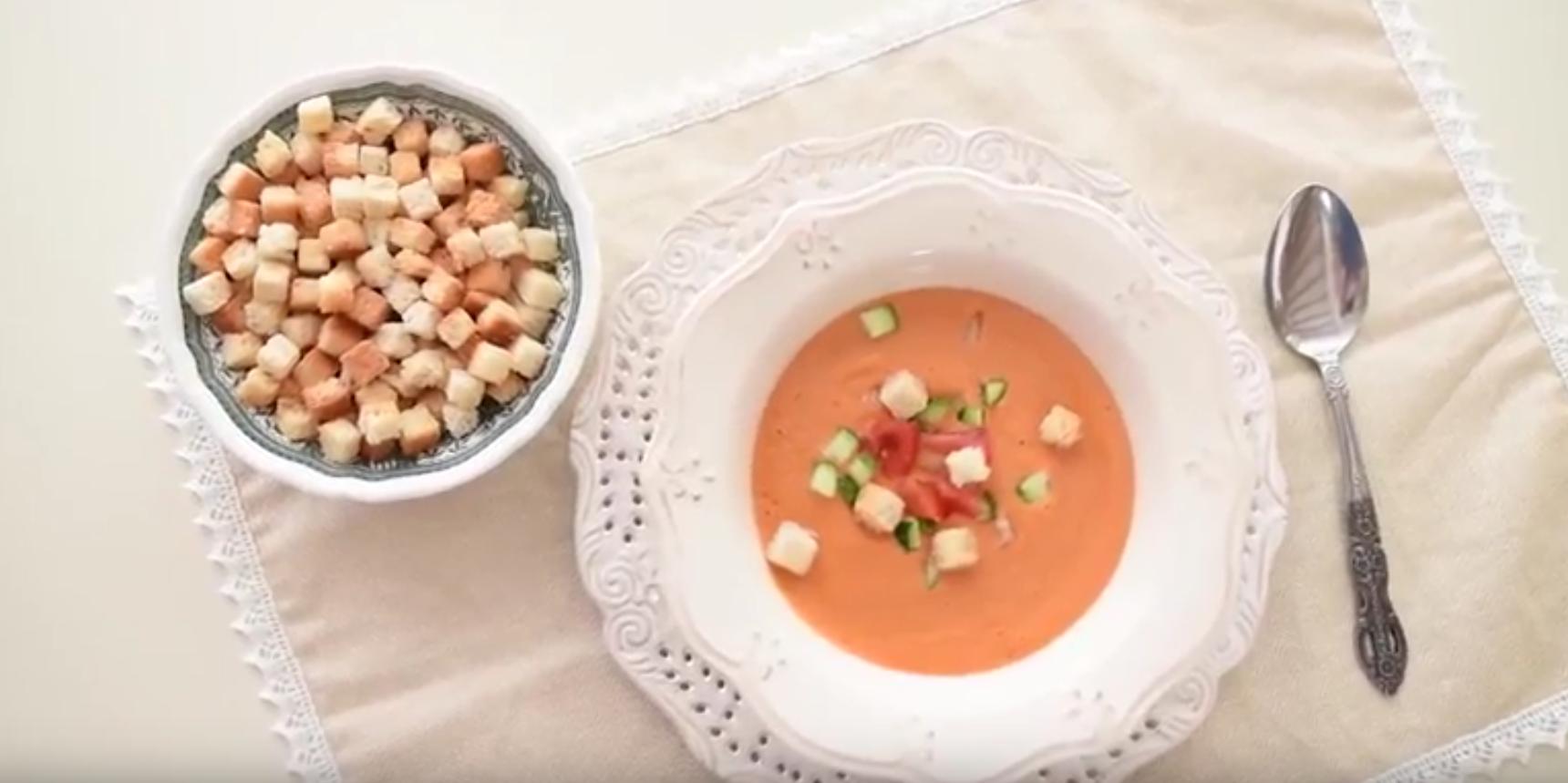 Supa de rosii Gazpacho