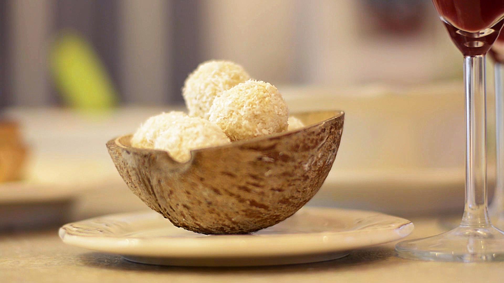 Reteta bomboane cu nuca de cocos