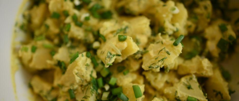 Pateu de masline cu ardei copt. Salata de cartofi cu maioneza de conopida